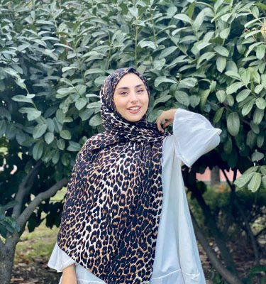 Shahnaz - Black Leopard Patterned Cotton Hijab